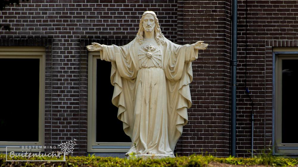 Heilig Hartbeeld in Huize Padua