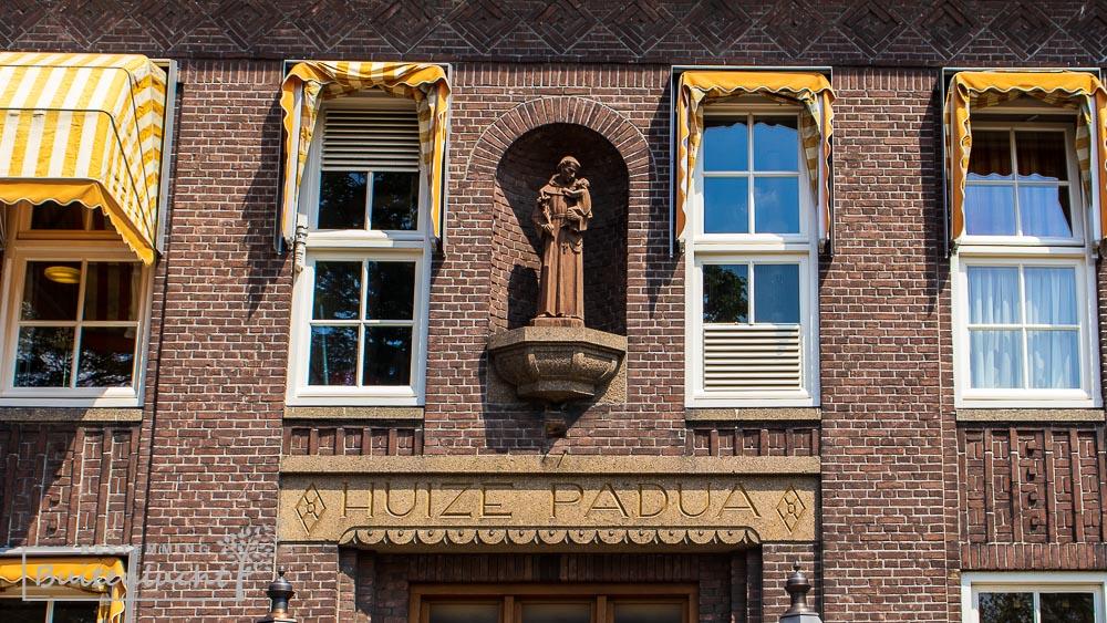 Hoofdgebouw van Huize Padua