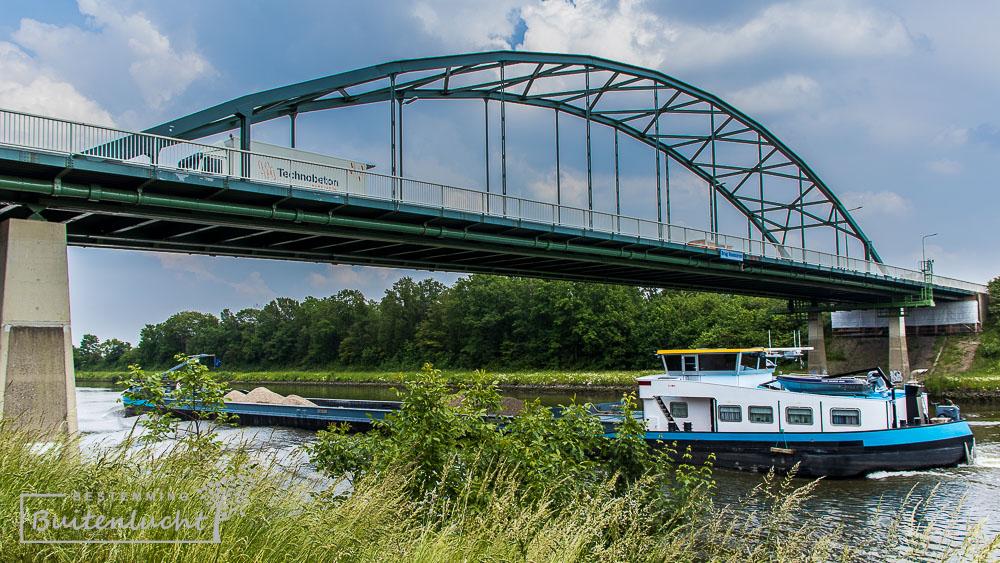 De Drielandenwandeling gaat tweemaal het Julianakanaal over.